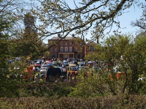 The Classics Come Out For Earsham Hall Car Show and Country Fayre